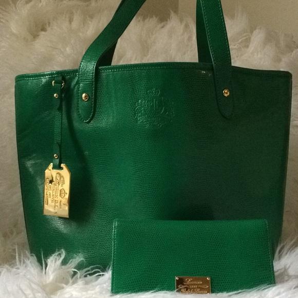 89cb8217be Lauren Ralph Lauren Handbags - Ralph Lauren Kelly green purse and wallet